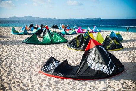 Namotu Island kitesurfing